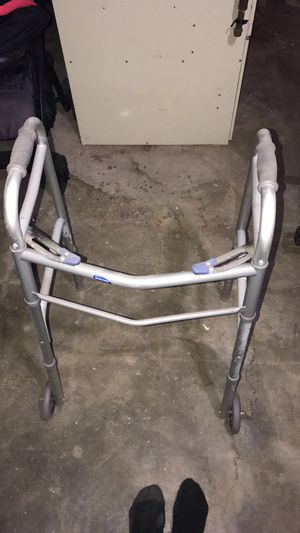 Invacare Dual-Release Paddle Walker for Sale in Detroit, MI