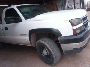 2006 Chevy Silverado 2006 for Sale in Tucson, AZ