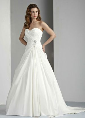 New Davinci Wedding Dress, Style 50028, White, Size 14 for Sale in Denver, CO