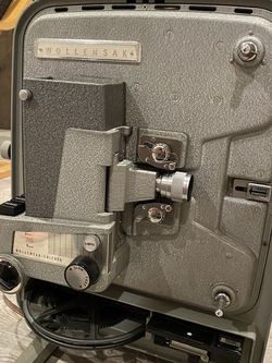 8mm Film Projector for Sale in Los Angeles,  CA