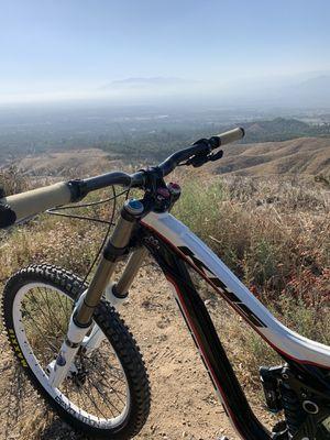 Downhill bike for Sale in Oak Glen, CA