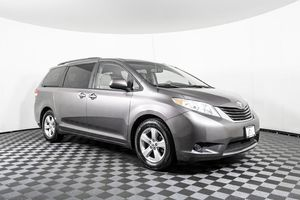 2012 Toyota Sienna for Sale in Puyallup, WA