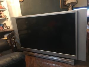 """Household tv. Toshiba 60 """" Need light bulb 35dls for Sale in Tacoma, WA"""