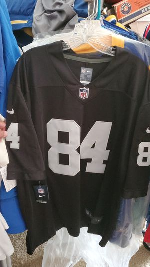 Oakland Raiders men's jersey for Sale in Lancaster, CA