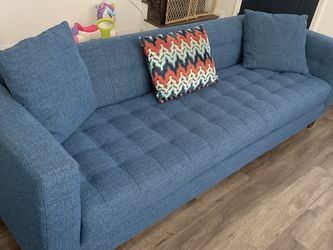 Living Spaces Sofa & Loveseat Set! for Sale in Los Angeles, CA