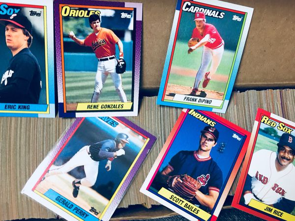 1990 -TOPPS Complete set of Baseball cards. ( SET HAS Legendary-Star Rookies and HOF)! See info below: