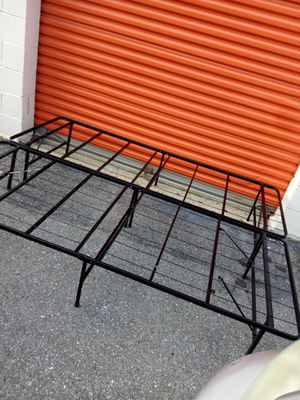 Queen size bed frame for Sale in Hyattsville, MD