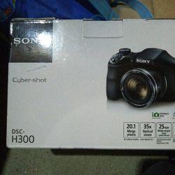 Sony Cybershot Camera for Sale in Denver,  CO