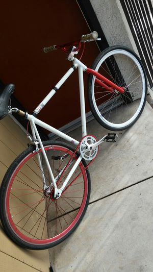 Fixie Chill Original Red & White for Sale in Tucson, AZ