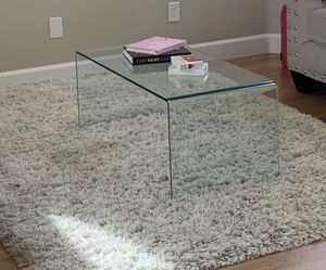Glass coffee table for Sale in San Marcos, CA