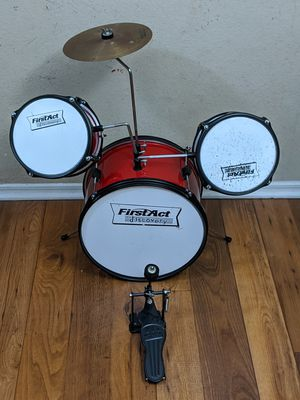 First Act Discovery Drum Set for Kids for Sale in Franklin, TN