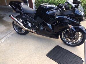 2008 Kawasaki ZX14 ninja for Sale in Upper Marlboro, MD