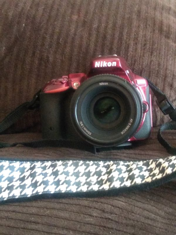 Nikon D5500 Camera & 3 lenses and lots of asessories
