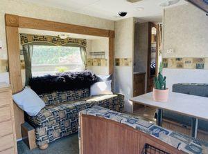 2007 Keystone Springdale 27 ft travel trailer for Sale in Lakewood, CA