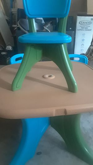 Kids chairs and table for Sale in Riviera Beach, FL