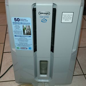Delonghi Dehumidifier Model DD50P (DD50PSC) Excellent Condition for Sale in Willowbrook, IL