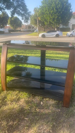 Tv stand for Sale in March Air Reserve Base, CA