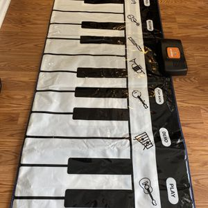 Step To Play Piano Mat for Sale in Trenton, NJ