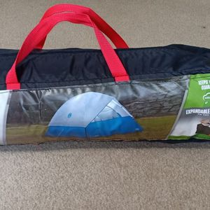 Coleman 4 Persons Oasis Dome Tent for Sale in Redmond, WA