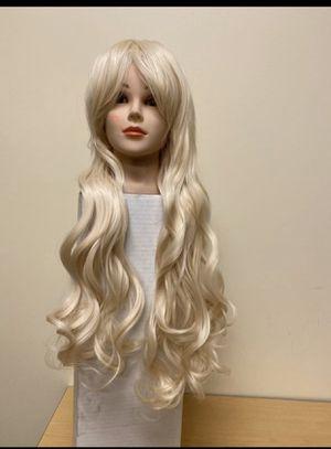 "Blonde synthetic hair wig 22"" Halloween costume for Sale in San Bernardino, CA"