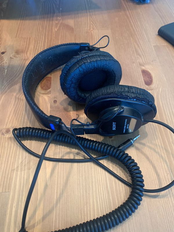 Sony Original MDR-7506 Dynamic Stereo headphones
