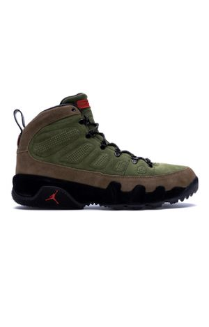 Jordan 9 retro Boot, Size 8 for men and 9.5 for women for Sale in Queens, NY