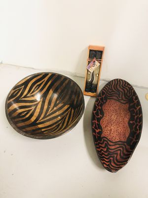 Genuine African Handmade/Painted Serving Bowls + Candles for Sale in West Palm Beach, FL