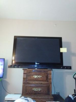 55 in plasma Panasonic TV Sharp sound bar for Sale in Brighton, CO