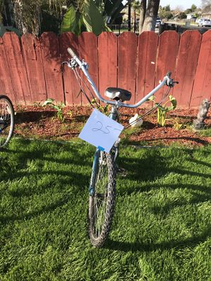 Mountain bike 24 speed for Sale in Clovis, CA