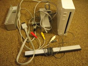 Nintendo wii with ac adapter composite and sensor for Sale in Alexandria, VA