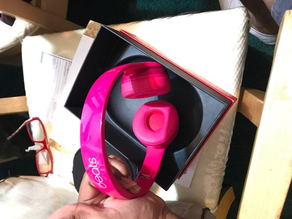 Pink Dr Dre Beats Solo 2 wired
