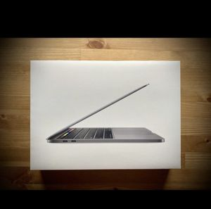 MacBook Pro 13 inch 2020 256 GB for Sale in Queens, NY