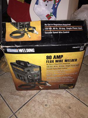 90 AMP FLUX WIRE WELDER for Sale in Miami, FL