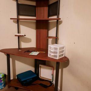 Desk for Sale in Marietta, GA