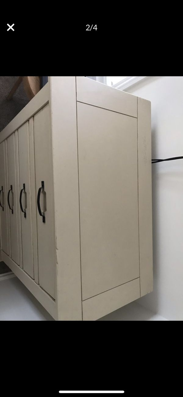 Four door dresser