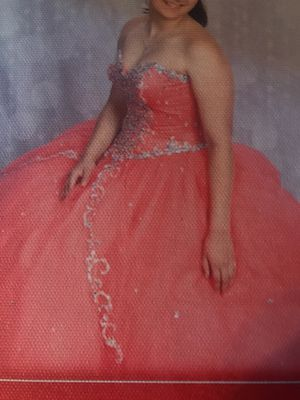 Quinceanera dress by Vizcaya (formal) for Sale in Naperville, IL