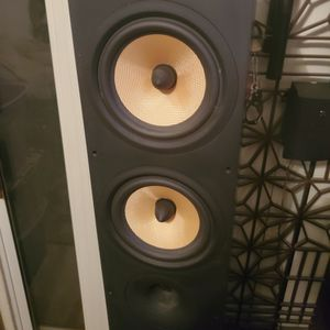 Bowers And Wilkins 684 Floor Speakers (Black) Very Good Condition for Sale in Phoenix, AZ