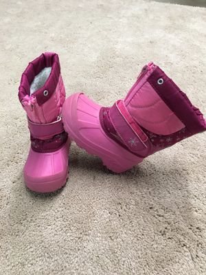 Toddler Girl Snow / Rain Boots Size 8 for Sale in Anaheim, CA