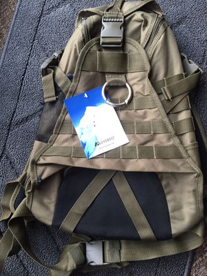 New Hiking/Back Hydration Pack for Sale in Bellingham, WA