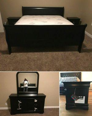 Black or Cherry 4 Piece Bedroom Set for Sale in Marietta, GA