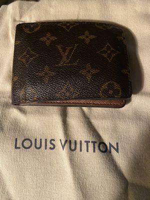 Men's Authentic Louis Vuitton wallet for Sale in Pasadena, TX