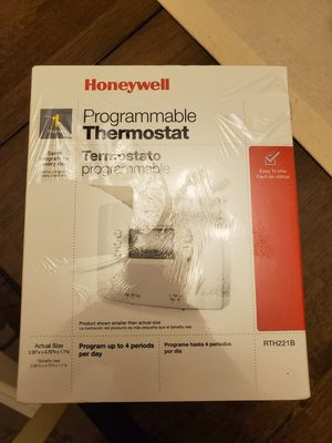 Programmable thermostat honeywell for Sale in Grand Terrace, CA