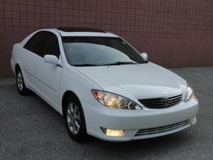 2005 Toyota Camry XLE for Sale in Huntington, WV