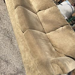 Beautiful Tan Couch for Sale in St. Louis,  MO