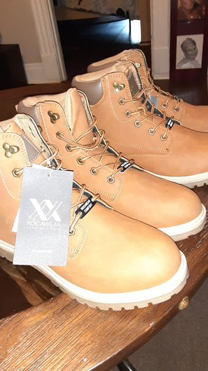 Rocawear boots new for Sale in Mitchell, IL