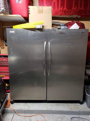 Frigidaire Stainless steel Fridge & Freezer for Sale in Phoenix, AZ