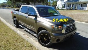 🌸🌸$14OO Selling my 2008 Toyota Tundra.🌸🌸 for Sale in Fresno, CA