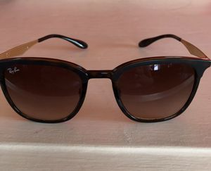Like brand new Ray Ban sunglasses style 4278 tortoise brown for Sale in Milwaukie, OR