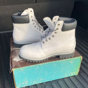 Timberland Boots 8.5 Premium White Smooth for Sale in Harrisburg, PA
