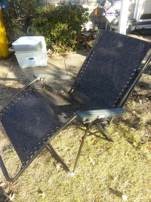 Selling 4 gravity chair great condition 25each for Sale in Glen Burnie, MD